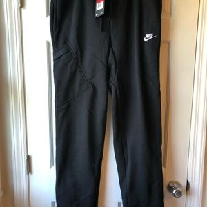 NWT Men's Nike size L black sweatpants
